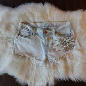 Levis studded cut off fray light wash shorts 6